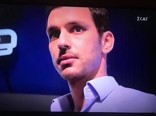Φωτογραφία για The Voice: Ο Ναυπάκτιος Γ. Σωτηρόπουλος συγκίνησε με τον «αετό» και «πέταξε» στην ομάδα της Έλενας Παπαρίζου (ΔΕΙΤΕ ΦΩΤΟ + VIDEO)