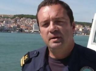 Φωτογραφία για Οι Αστυνομικοί της Λέσβου για τον ήρωα Υποπλοίαρχο