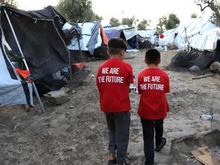 Φωτογραφία για Ποιοι φορείς και ΜΚΟ πήραν το 1,6 δισ. ευρώ για το προσφυγικό