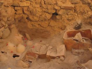 Φωτογραφία για Σημαντικά ευρήματα από το προϊστορικό Ακρωτήρι Θήρας