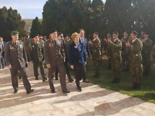 Φωτογραφία για Επίσκεψη της ΥΦΕΘΑ Μαρίας Κόλλια-Τσαρουχά σε μονάδες και φυλάκια της Μακεδονίας και της Ηπείρου