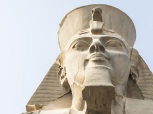 Φωτογραφία για Αρχαιολόγοι ανακάλυψαν μέρη από το φορείο του Φαραώ Ραμσή Β'