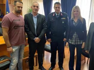 Φωτογραφία για Εθιμοτυπική επίσκεψη των Πολιτικών Υπαλλήλων στο Γενικό Περιφερειακό Αστυνομικό Διευθυντή Δυτικής Ελλάδας