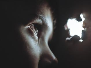Φωτογραφία για Φρίκη στα Ιωάννινα: 20χρονος Σύρος βίασε τρίχρονο αγοράκι σε hotspot