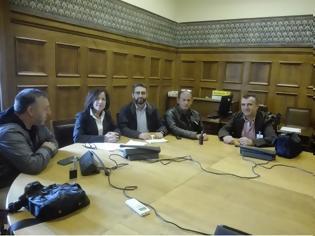 Φωτογραφία για Δ.Ε.Κ.Α: Συνάντηση με Π. Κοζομπόλη, υπεύθυνη Κ.Ο. του ΣΥΡΙΖΑ για τα Σώματα Ασφαλείας