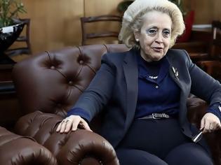 Φωτογραφία για Η επικεφαλής του πρωθυπουργικού γραφείου διεκδικεί τη φοροαπαλλαγή που κατάργησε (αργότερα) η κυβέρνηση