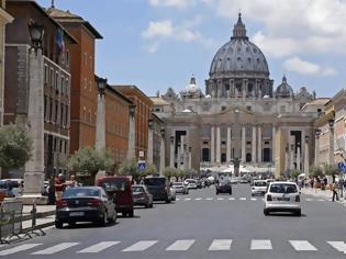 Φωτογραφία για Γερμανός οικονομολόγος: Η κατάσταση της Ιταλίας δεν συγκρίνεται με την προ 10ετίας Ελλάδα