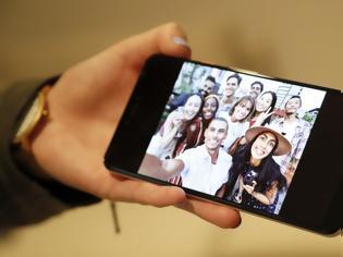 Φωτογραφία για Google: Πώς τα έξυπνα τηλέφωνα έχουν μετατραπεί σε «μεγάλο αδελφό»