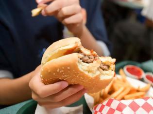 Φωτογραφία για Οι Έλληνες τρώμε πολύ και ανθυγιεινά - Με πρόβλημα βάρους το 60%