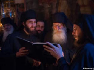 Φωτογραφία για 11349 - Αγρυπνία απόψε στο Άγιο Όρος. Πανηγυρίζει η Ιερά Μονή Χιλιανδαρίου και κελλιά αφιερωμένα στα Εισόδια της Θεοτόκου