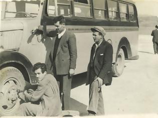 Φωτογραφία για Στέλιος Ε. Πρεβεζάνος με καταγωγή απο την Κωνωπίνα Ξηρομέρου (1909-1987) – Ταξιδεύοντας με το παλιό λεωφορείο του ΚΤΕΛ