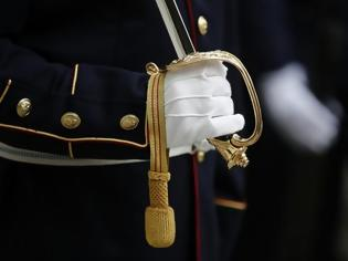 Φωτογραφία για Αναδρομικά στρατιωτικών: Τι προβλέπει η ΚΥΑ και πότε θα κατατεθούν τα ποσά