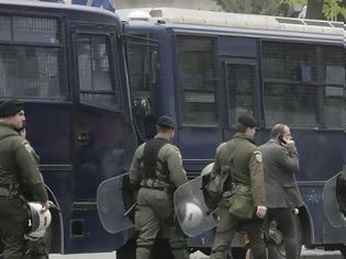 Φωτογραφία για Επί ποδός η ΕΛΑΣ για τις συγκεντρώσεις μνήμης για τη δολοφονία του Αλ. Γρηγορόπουλου