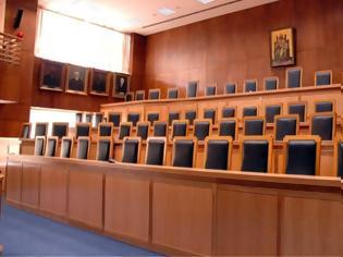 Φωτογραφία για Εισαγγελείς: Καταγγέλλουν παρεμβάσεις στο έργο τους με αφορμή την υπόθεση με το κύκλωμα χρυσού