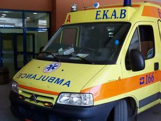 Φωτογραφία για Θανατηφόρο τροχαίο στην Αθηνών – Σουνίου: Ένας νεκρός - Δύο τραυματίες