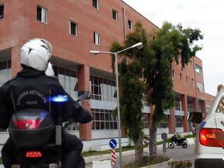 Φωτογραφία για Καλλιακμάνης: Να σταματήσει η υπερεργασία των αστυνομικών στο Μεταγωγών