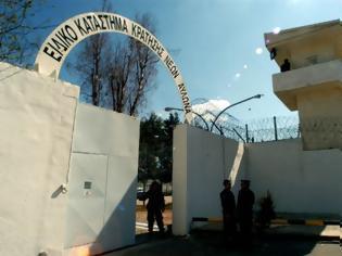 Φωτογραφία για Σε άλλη φυλακή ο 19χρονος κατηγορούμενος για τον θάνατο της Ελένης