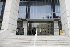 14 ώρες σε μια δικαστική αίθουσα με 20 κρατούμενους - καταγγελία αστυνομικού