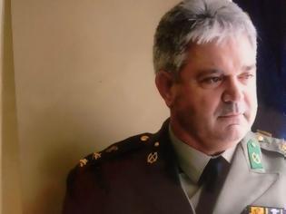 Φωτογραφία για Αξιωματικός ξεσπά on camera... Εγώ θα τραγουδώ το «Μακεδονία Ξακουστή» μέχρι να μου βγει η Ψυχή (BINTEO)