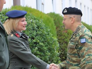 Φωτογραφία για Επισκέψεις Αρχηγού ΓΕΣ σε Σχηματισμούς και Υπηρεσίες του Στρατού Ξηράς στη Θεσσαλία για Ανταλλαγή Ευχών