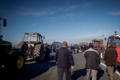 Κατατέθηκε η τροπολογία για ακατάσχετο ύψους 7.500 ευρώ στους αγρότες