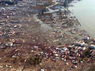 Φωτογραφία για Οι σημαντικότερες καταστροφές από τσουνάμι στον κόσμο μετά το 2004