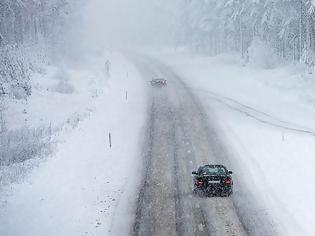 Φωτογραφία για Έκλεισε λόγω χιονόπτωσης ο δρόμος προς την Πάρνηθα