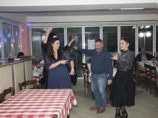 Φωτογραφία για Δείτε βίντεο απο την μεγάλη  επιτυχία της χοροεσπερίδας του Συλλόγου Ματσουκίου Ιωαννίνων «Η ΒΥΛΙΖΑ»