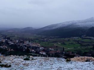 Φωτογραφία για ...και λίγο πρωινό χιόνι στον ΑΕΤΟ Ξηρομέρου – Τσουχτερό το κρύο! | ΦΩΤΟ