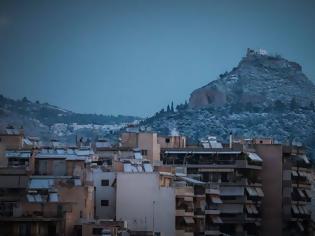 Φωτογραφία για Εικόνες από τη χιονισμένη Αθήνα