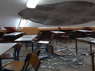 Φωτογραφία για Παραλίγο τραγωδία στην Χαλκιδική - Σοβάδες έπεσαν στα κεφάλια μαθητών