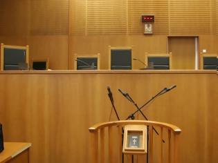 Φωτογραφία για Ισόβια για υπεξαίρεση σε πρώην διευθυντή τράπεζας στην Κάρπαθο
