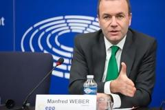 Το ηχητικό με το «άδειασμα» Βέμπερ στη ΝΔ δημοσιεύει το Euractiv