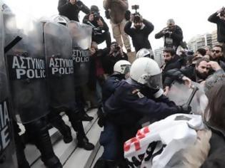 Φωτογραφία για Γεροβασίλη: Απαράδεκτες οι ενέργειες κάποιων ανδρών των ΜΑΤ - ΕΔΕ από το Αρχηγείο