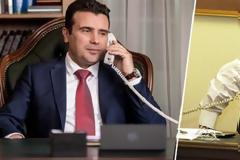 Τηλεφωνική επικοινωνία Τσίπρα-Ζάεφ: Συγχαρητήρια για την αναθεώρηση του Συντάγματος