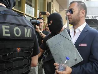 Φωτογραφία για Ευθ. Γιαννουσάκης: «Εξωθεσμικές παρεμβάσεις παραβιάζουν υπερασπιστικά δικαιώματα»