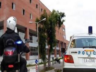 Φωτογραφία για Αστυνομικός για την κατάσταση στο Μεταγωγών: Φερθείτε ανθρωπινά και με επαγγελματισμό.