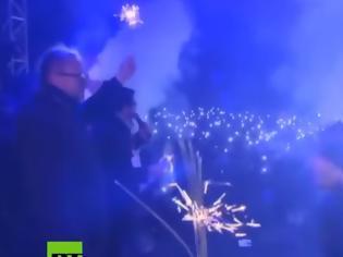 Φωτογραφία για Σοκάρει το βίντεο από τη στιγμή της επίθεσης με μαχαίρι στο δήμαρχο του Γκντανσκ