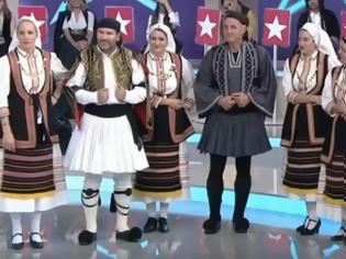 Φωτογραφία για Οι Ξηρομερίτες (απο τα ΒΛΥΖΙΑΝΑ) που ξεσήκωσαν το Μy Style Rocks και χόρεψαν με τη Μπέτυ Μαγγίρα (video)