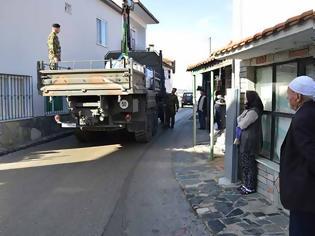 Φωτογραφία για Μπράβο ρε στον Στρατηγό… το ΔΣΣ μοίρασε ξύλα σε άπορες οικογένειες