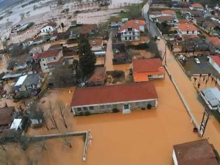 Φωτογραφία για Κακοκαιρία: Πλημμύρες, κατολισθήσεις βράχων και κλειστοί δρόμοι