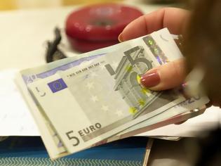Φωτογραφία για Δώρα – Δημόσιο: Επαναφορά με κούρεμα – Ποσά 250 και 300 ευρώ