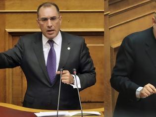 Φωτογραφία για Δ. Καμμένος προς Κουϊκ στη Βουλή: Πούλησες τη Μακεδονία και ήρθες να ορκιστείς, ντροπή