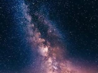 Φωτογραφία για Μελέτη αστρονόμων αποκαλύπτει ότι ο δίσκος του Γαλαξία μας συστρέφεται διαμορφώνοντας ένα μοτίβο τύπου-S