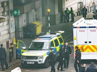 Φωτογραφία για Ο «Νέος IRA» πίσω από τα τρία πακέτα βόμβες;
