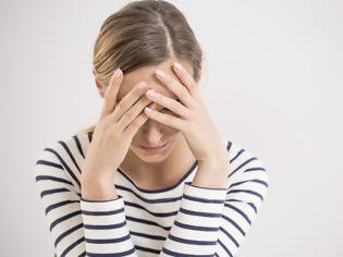 Φωτογραφία για Γιατί η κατάθλιψη «προτιμά» τις γυναίκες;