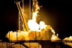 Επιτυχημένη η πρώτη εκτόξευση Crew Dragon για τον ISS α