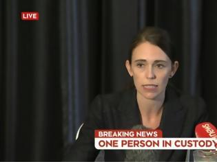 Φωτογραφία για Μακελειό στη Νέα Ζηλανδία: Μια «από τις πιο σκοτεινές μέρες» στην ιστορία μας, λέει η πρωθυπουργός της χώρας