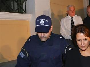 Φωτογραφία για Εκτός φυλακής η Σταυρούλα Κουράκου