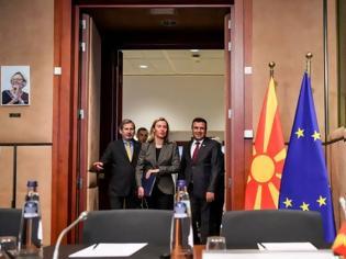 Φωτογραφία για Ο Ζάεφ «ανεβάζει» φωτογραφίες από τη «Βόρεια Μακεδονία» στην ΕΕ